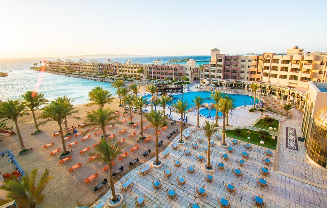 Sunny Days Resort
